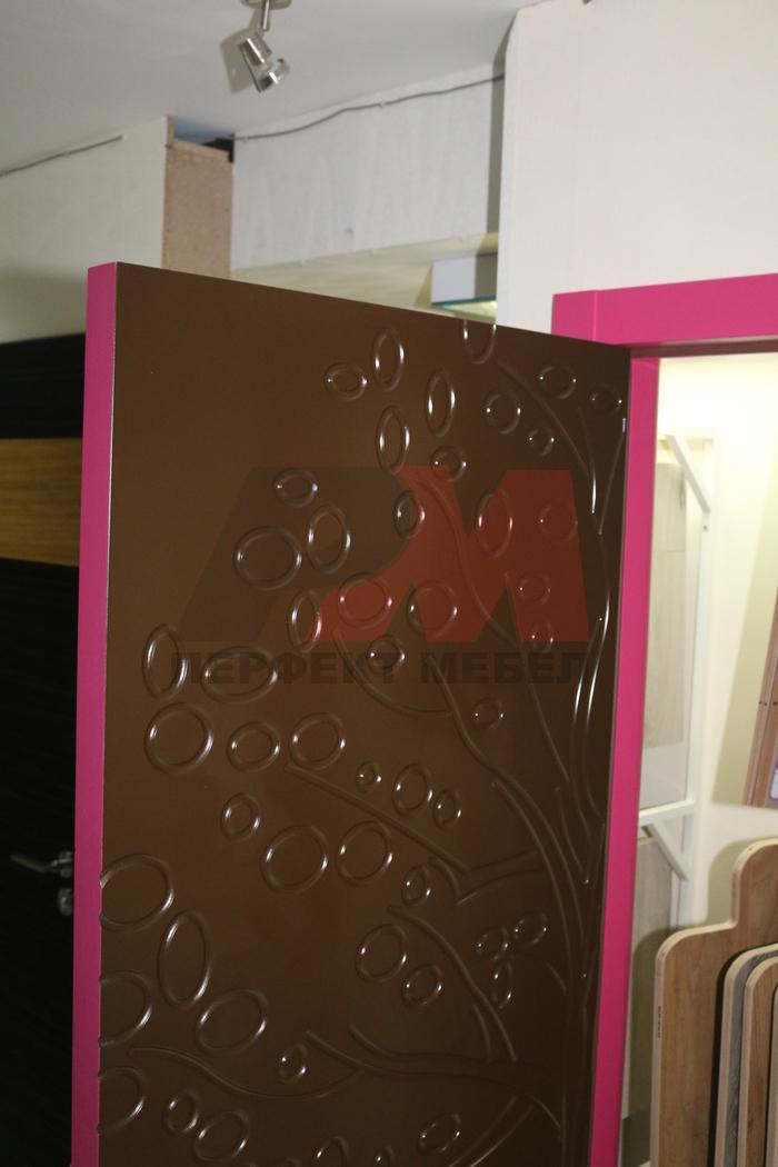 интериорни врати със скрити панти приятни