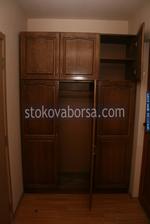 дървен гардероб от масив по поръчка