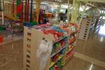 произвеждаме стелажи за детски играчки