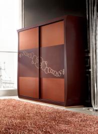 Дизайнерски четирикрилен гардероб 220/60/210см
